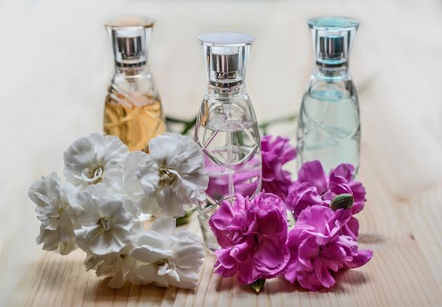 muestras de perfumería y cosmética
