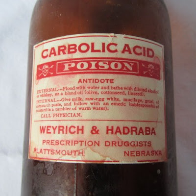 carbolic acid poisoning