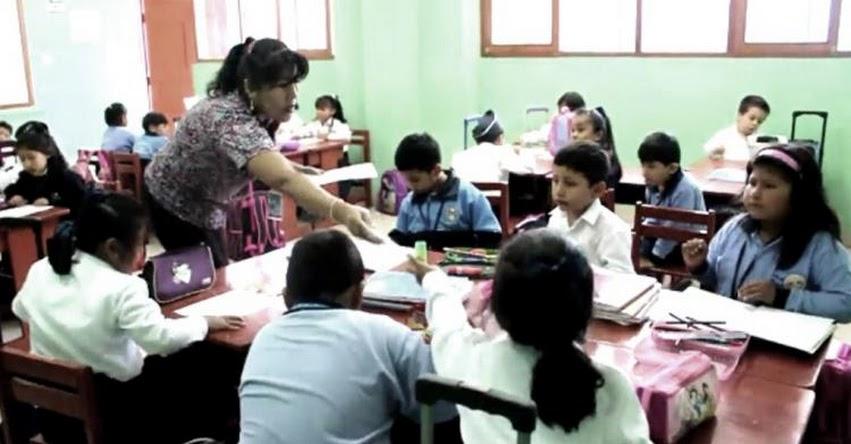 Una carrera docente sin exclusiones (Richard Hurtado) www.edugestores.pe