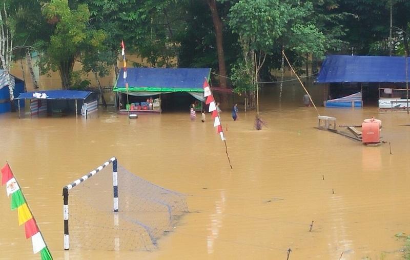 Turnamen Dihentikan, Lapangan Bola Banjir, Jembatan Putus dan Rumah Warga Terendam | Nanga Mahap