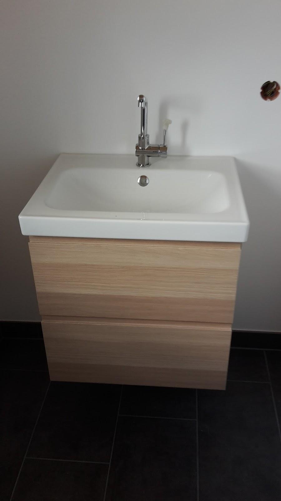 jenny und lars bauen ein haus fast fertig. Black Bedroom Furniture Sets. Home Design Ideas