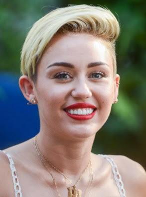 potongan style rambut pendek belah samping wanita tahun 2013