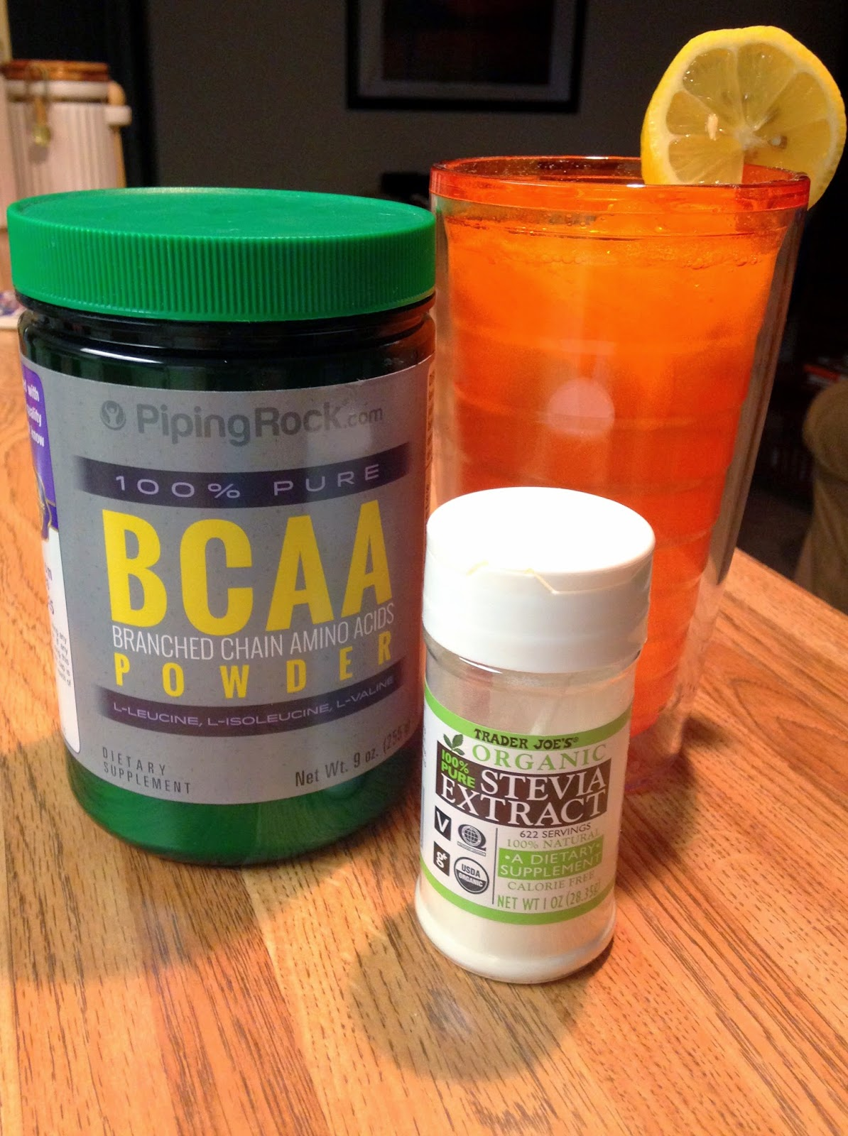 Workout Lemonade (Sugar-free, made with BCAAs) from Hungry Gator Gal