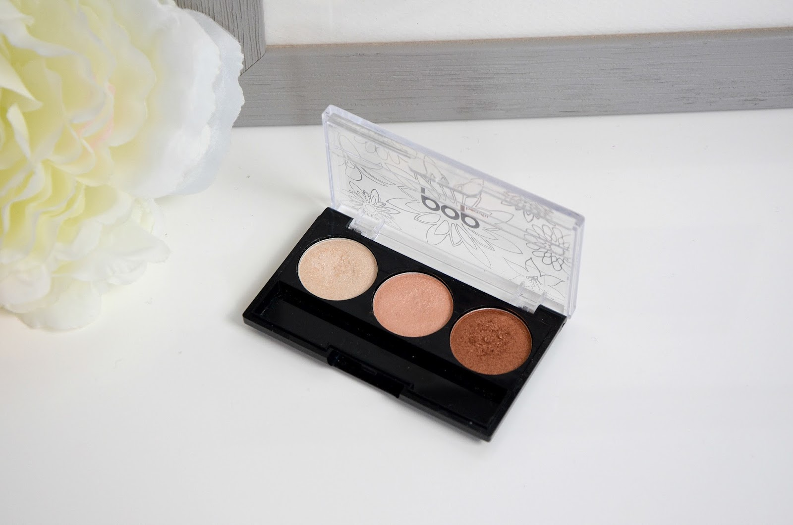pop beauty bright up your life eye shadow trio peach parfait palette