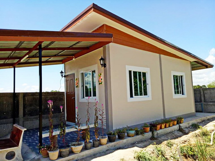 These houses design consists of a living/dining room, a kitchen, one bathroom, and one to two bedrooms. The total area of these houses is under 96 square meters. The construction budget is approximately below 1 - 1.2 million baht.