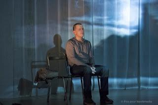 Un obus dans le coeur Wajdi Mouawad  Mise en scène : Catherine Cohen  avec Grégori Baquet  Molière 2014 Révélation Masculine