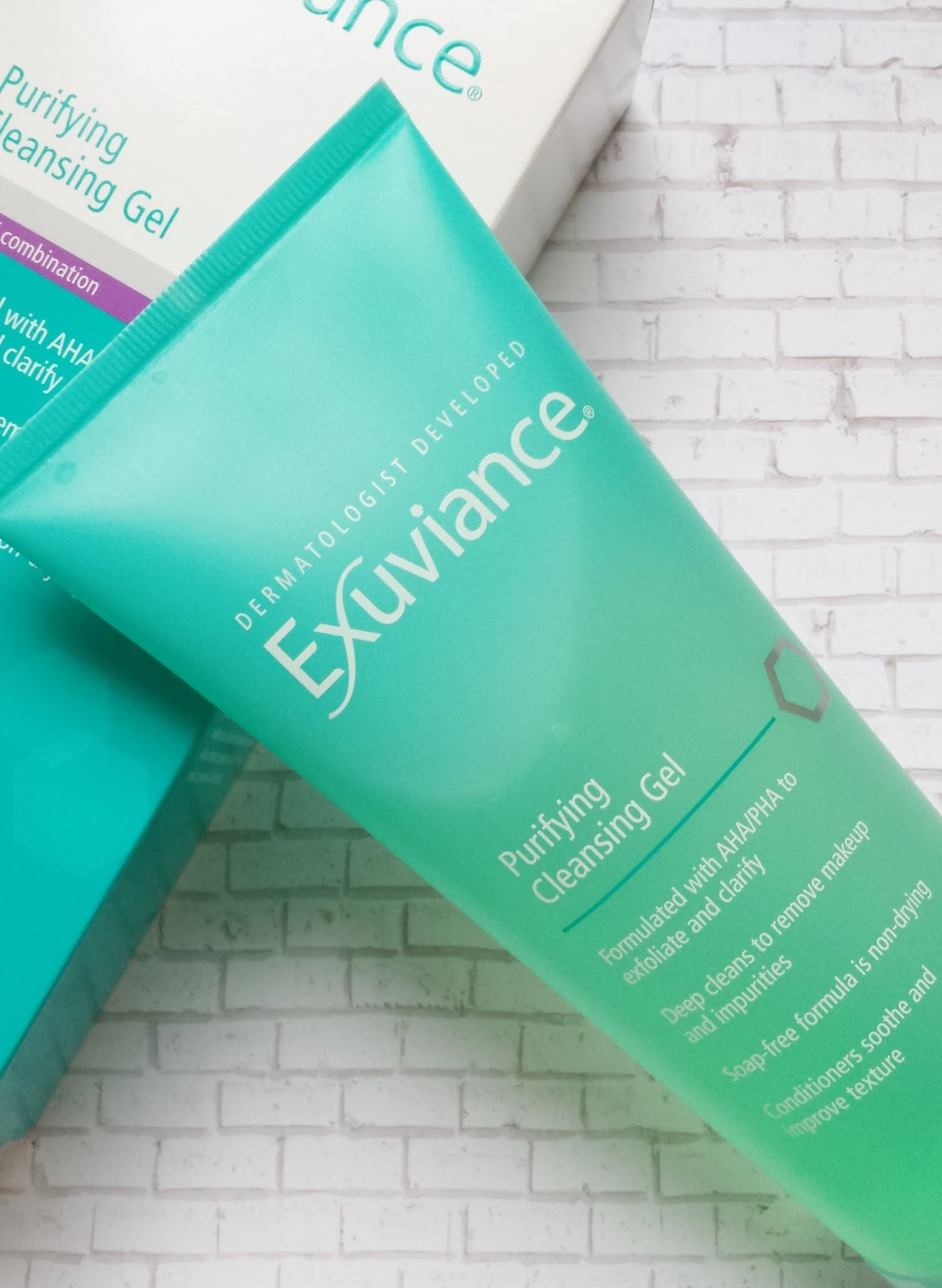 Exuviance Purifying Cleansing Gel Review