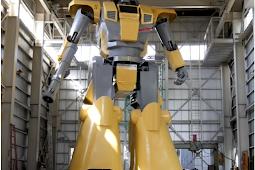 Pria Japan Ciptakan Robot Gundam Asli 'Mononofu' Terbesar di Dunia