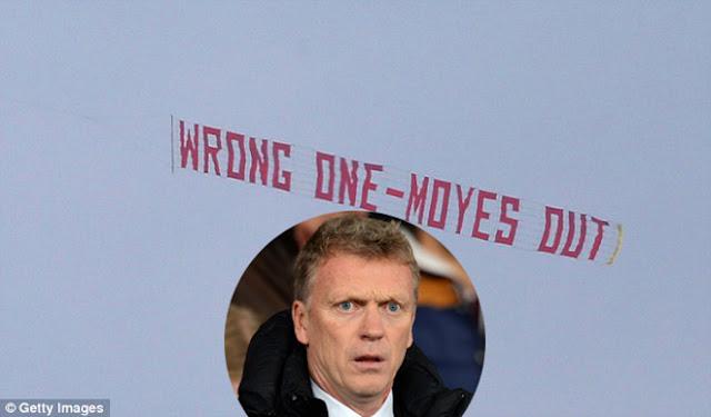 """MU nội chiến: Fan ruột """"Quỷ đỏ"""" bênh Mourinho, lập mưu lật đổ sếp lớn 1"""