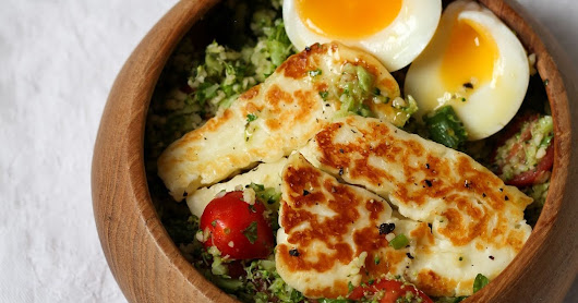 Halloumi and Egg with Broccoli Tabbouleh Salad