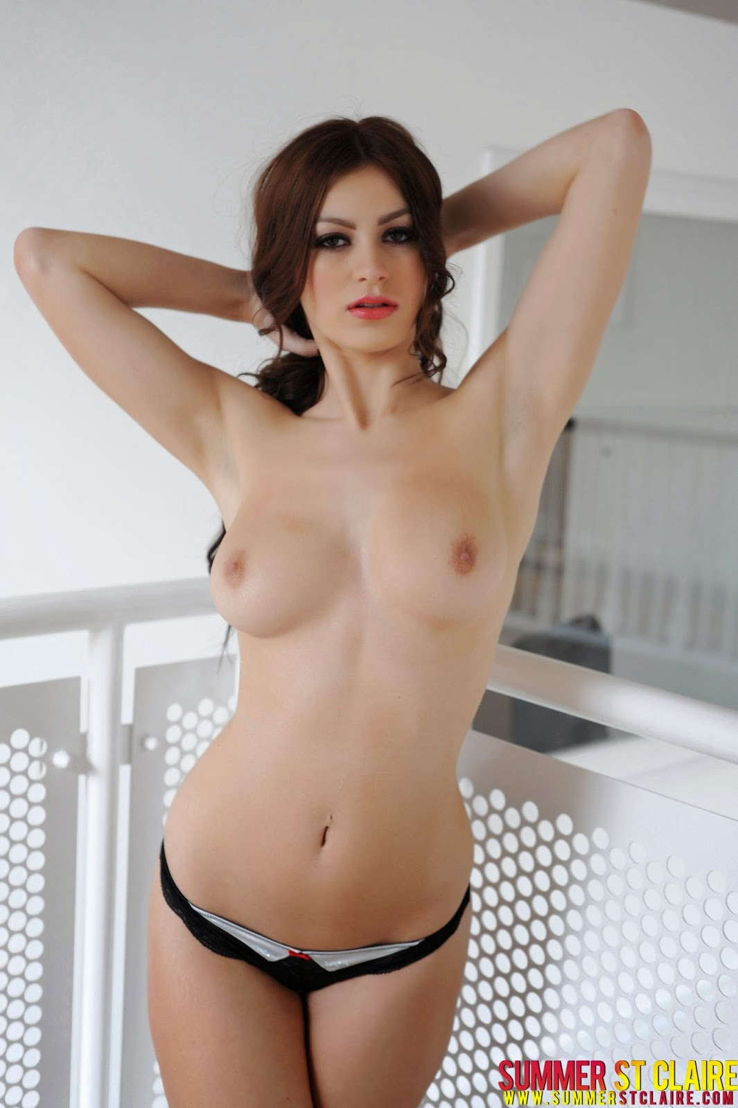 Orgasm girl solo hot