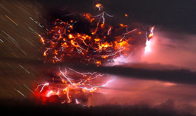 Puyehue volcano eruption photo