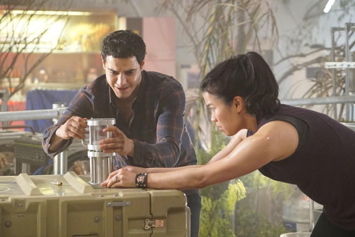 Scorpion - Season 3 Episode 22: Strife on Mars