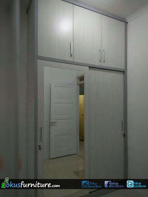 Lemari pakaian 2 pintu sliding cermin