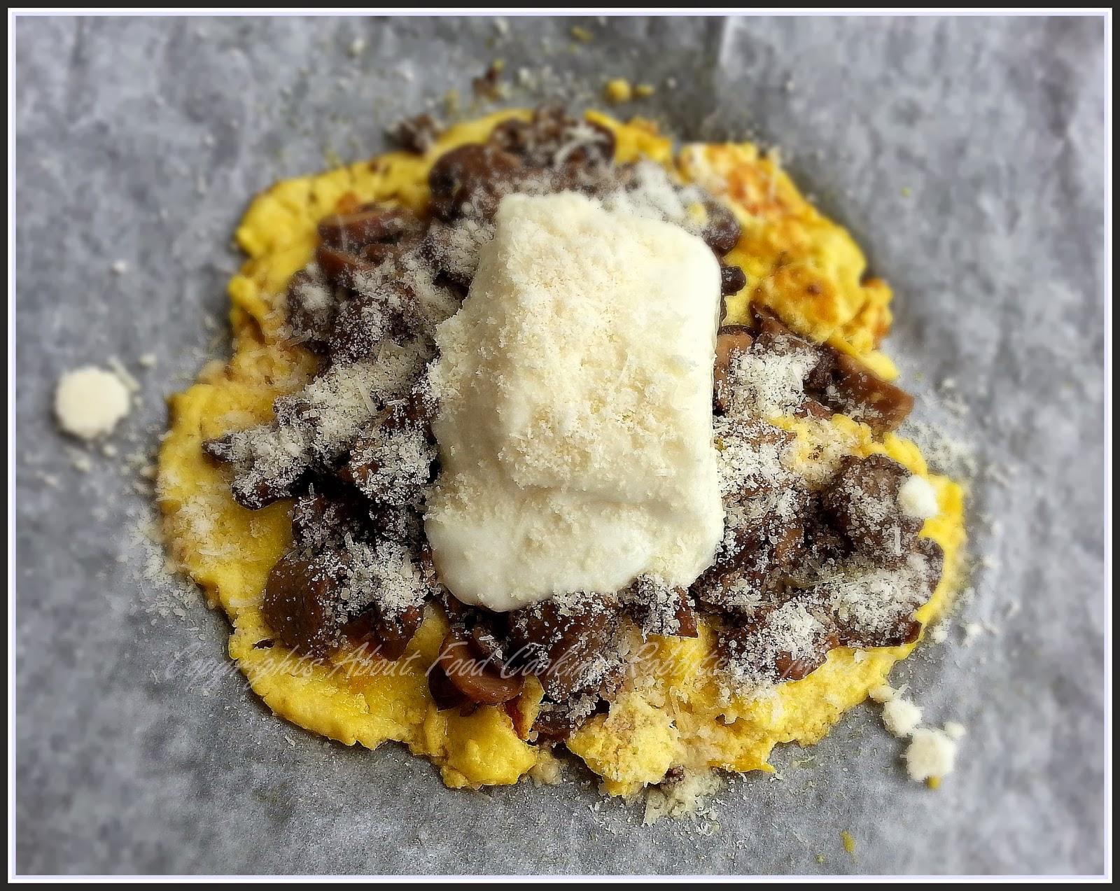 Frittatina al Parmigiano con Funghi e Panetto di Robiola al Forno