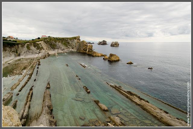 Costa Quebrada: Playa de Arnía (Cantabria)