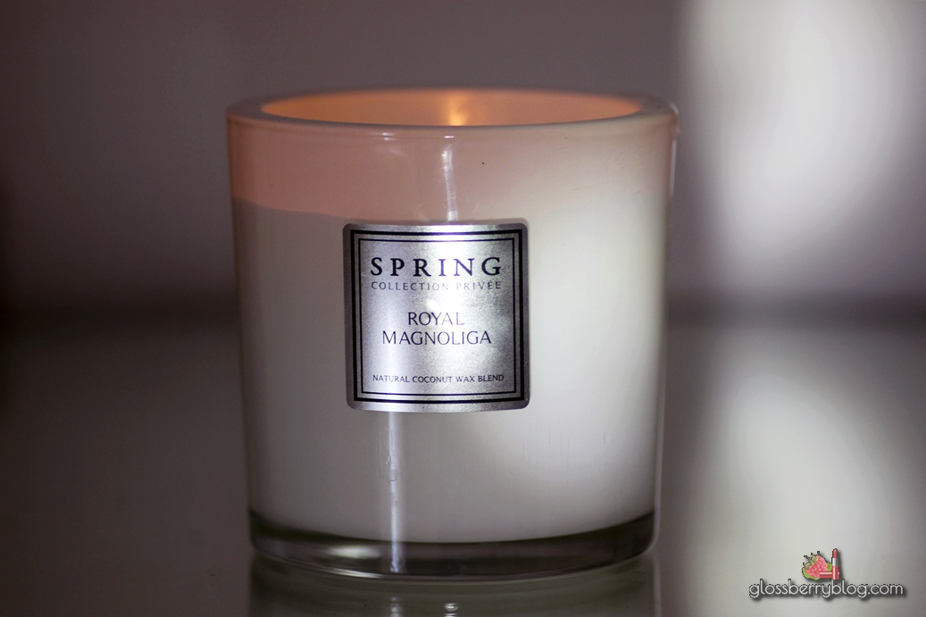 נר מגנוליה ספרינג קוקוס גלוסברי בלוג איפור וטיפוח spring candle review