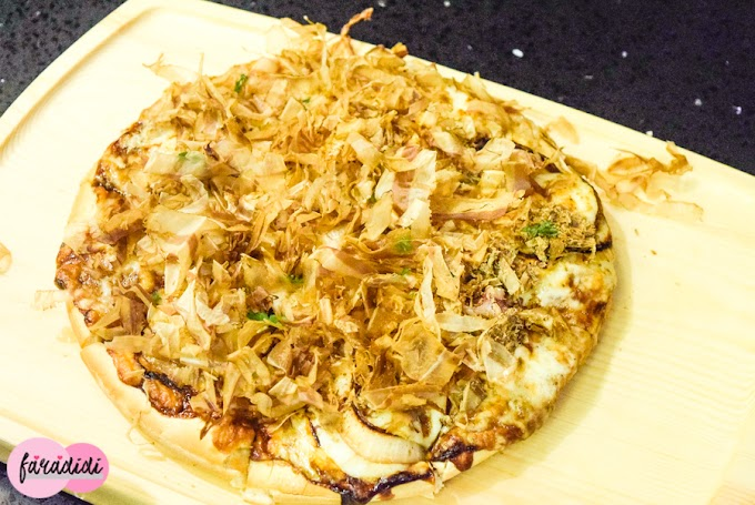Pizza Bonito Flakes di Moonlight Cake House