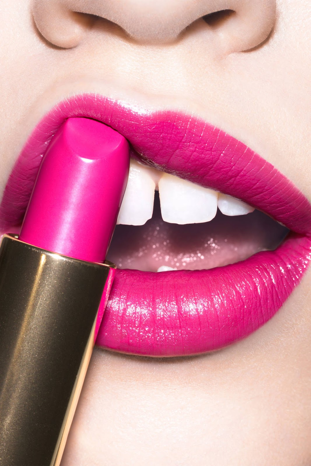 Lipsticks that Make Your Teeth Look WHITER!