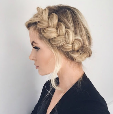 Model Rambut Crown Braid