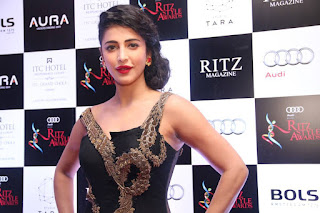 Shruti Haasan Latest Pictures in Black Dress at Ritz Style Awards 2016 ~ Celebs Next