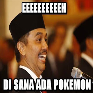 Gambar meme lucu kocak bertemu pokemon go buat dp bbm