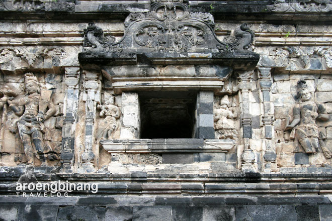 candi sari sleman yogyakarta relief boddhisattva tara
