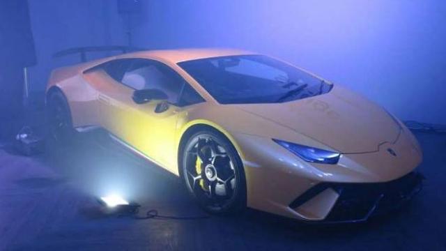 WOW..!! Hanya Ada Tiga Unit, Lamborghini Huracan Performante dan Rolls Royce Phantom Metropolitan Collection, Bakal jadi Rebutan Konglomerat Indonesia