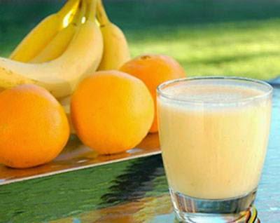 Cách làm Sữa cam chuối cho bé tập ăn dặm