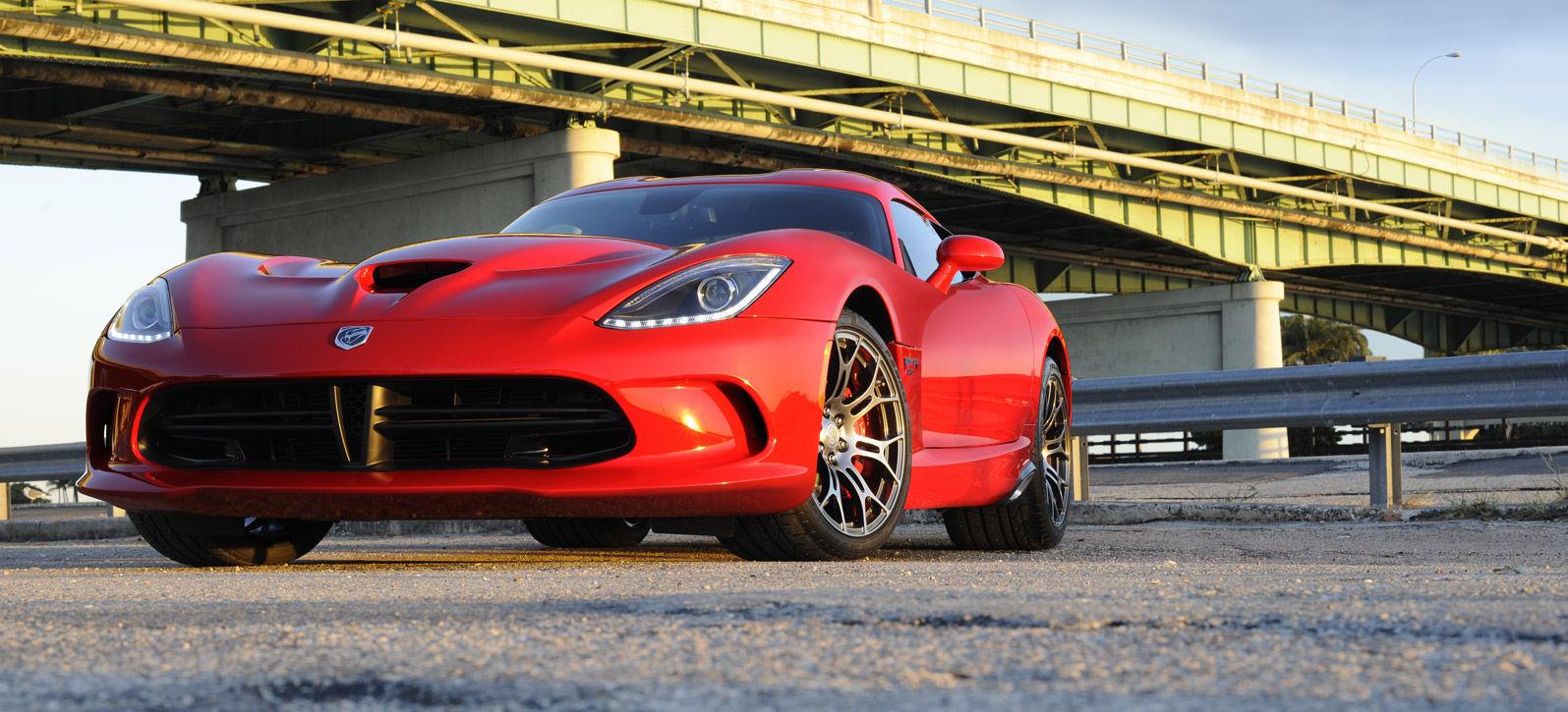 Dodge Viper được xem là siêu phẩm đắt giá nhất của Dodge hiện nay
