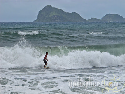 Local surfer at Pundakit Zambales surfing