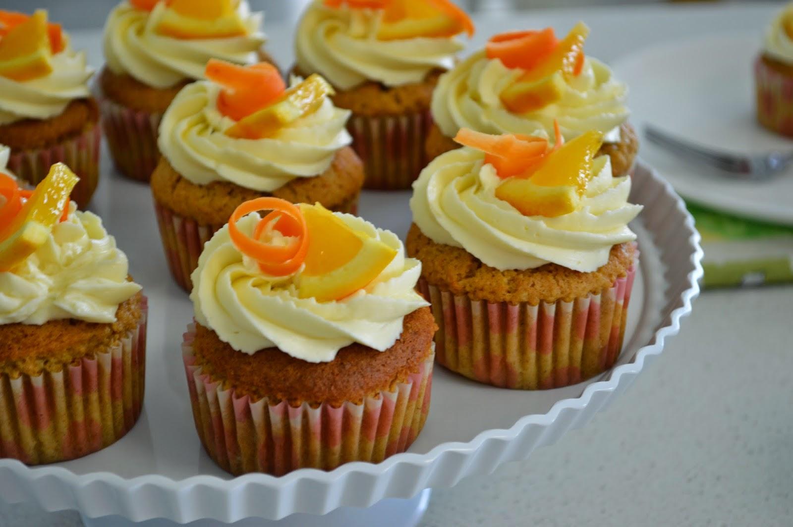 Blue Kangaroo Handmade: Carrot cupcakes / Mrkvové cupcakes