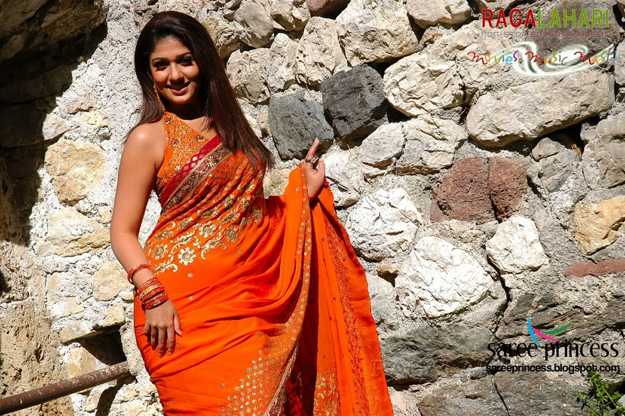 Tamil Beautiful And Cute Actress Nayantara Draped In Saree