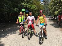 'Pedalier' – primul club de biciclisti amatori si proiectii de film in aer liber la Buhusi