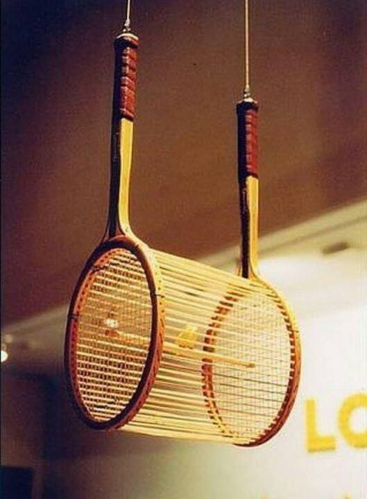 creative garage ideas - How to Recycle Bring Back to Life an Old Tennis Rackets
