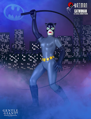 "Batman: The Animated Series Catwoman 12"" Jumbo Vintage Action Figure by DC Comics x Gentle Giant"