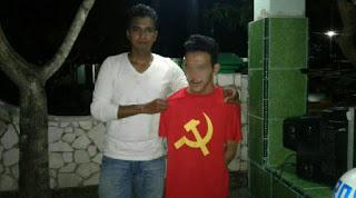 Mampus Lu karena selfie pake kaos PKI Bocah ini dicomot tentara - Naon WAE NEWS