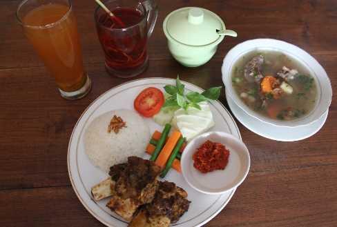 Kuliner Iga Bakar Dapoer Wayang Jogja