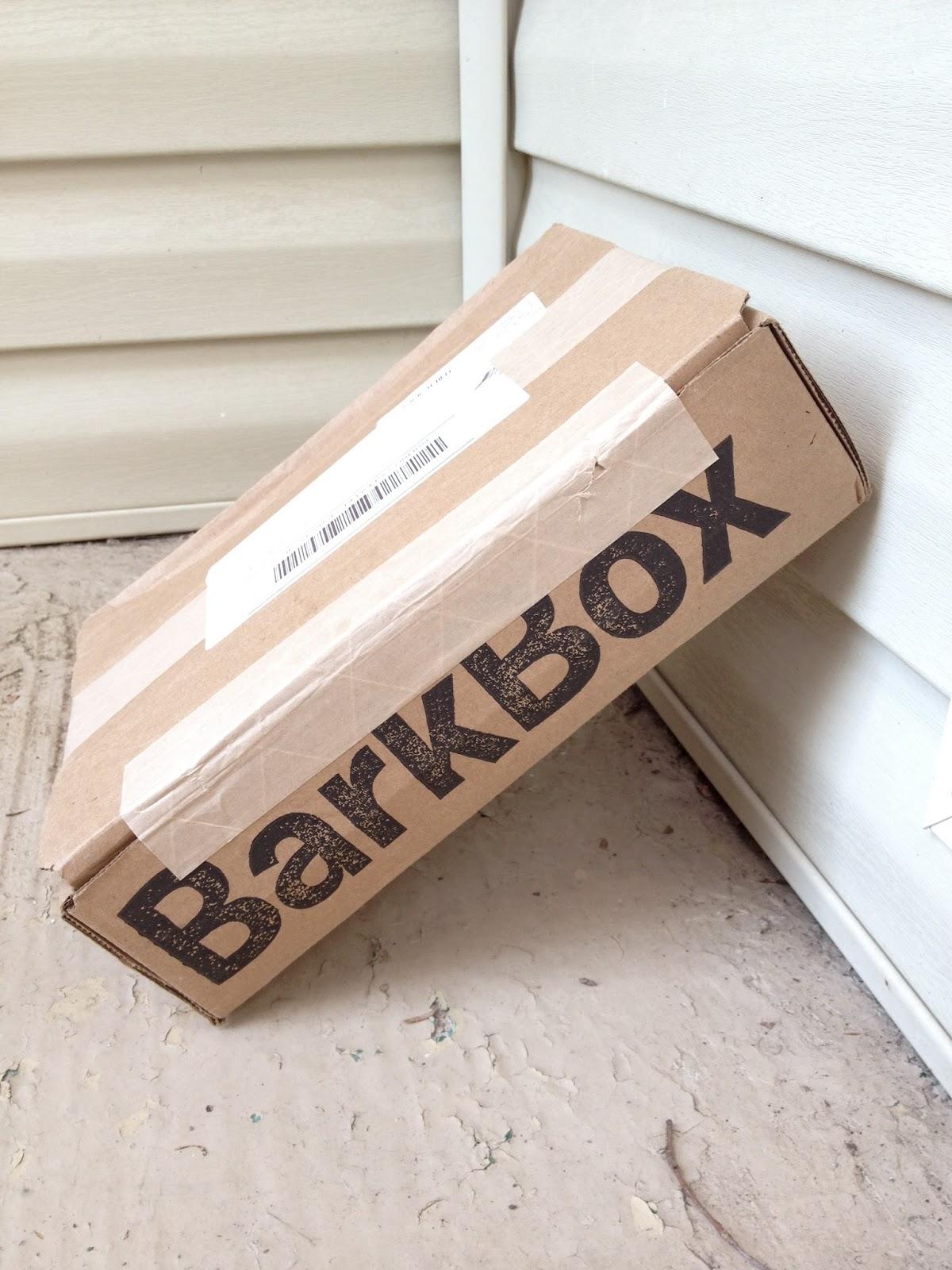 BarkBox: Mailman + Dog = Friends