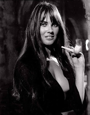 Dracula Ad 1972 Caroline Munro Image 2