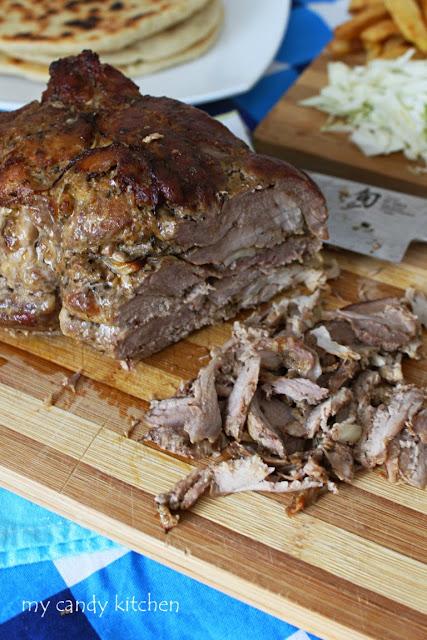 свинско месо, изпечено за гирос