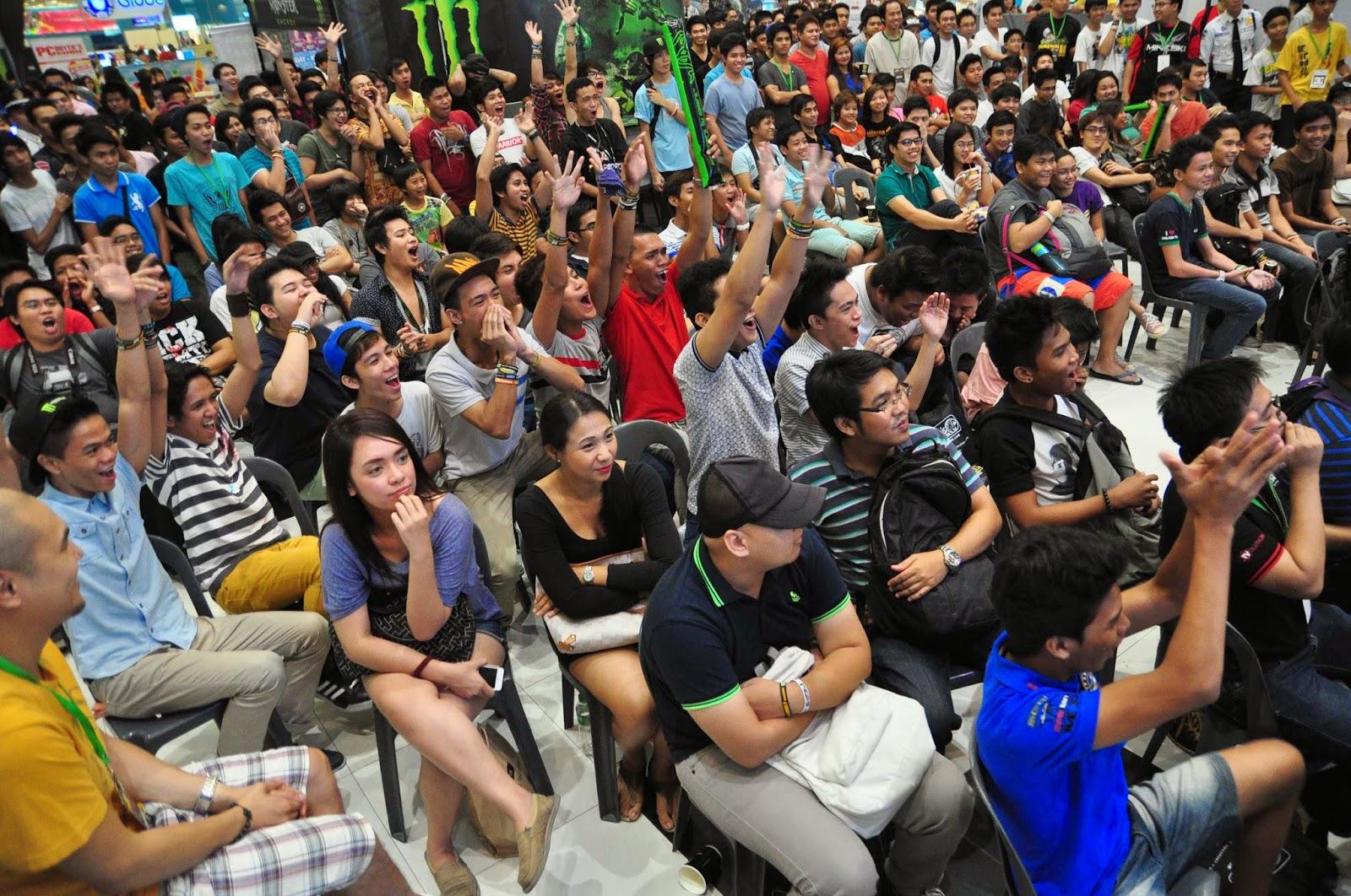 CyberSlam 2014 Crowd