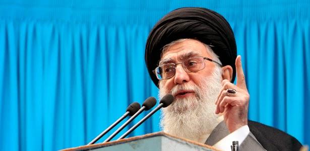 Demonstran Iran Tuntut Khamenei Mundur