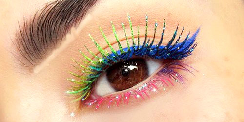 maquillaje de ojos arco iris con rimmel de colores
