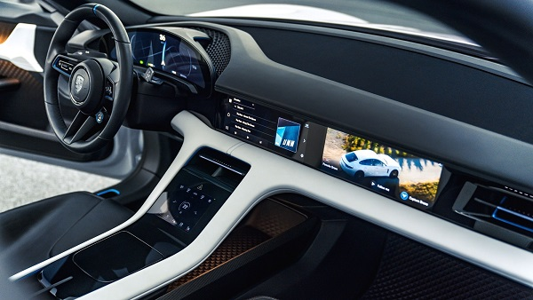 Interior Porsche Mission E Cross Turismo