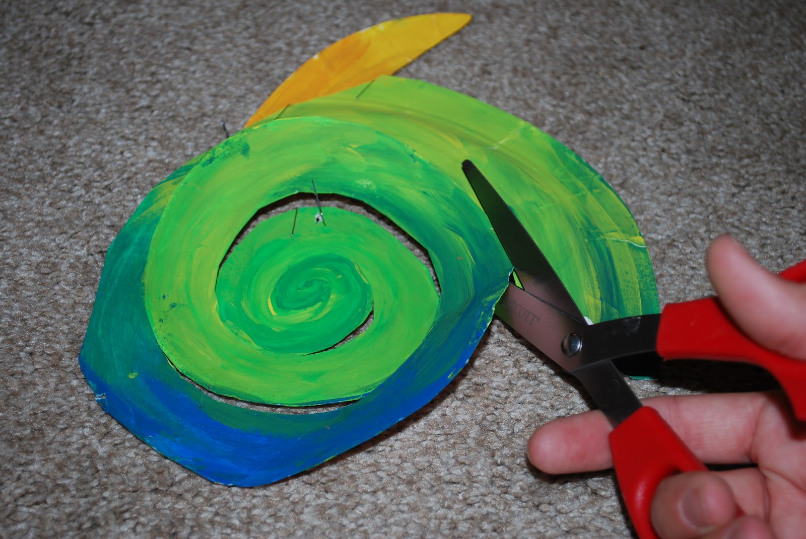 Snail Paper Plate Craft Amp The Snail And The Whale Crafts