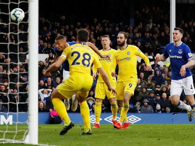 Hasil Liga Inggris: Everton Bungkam Chelsea 2-0