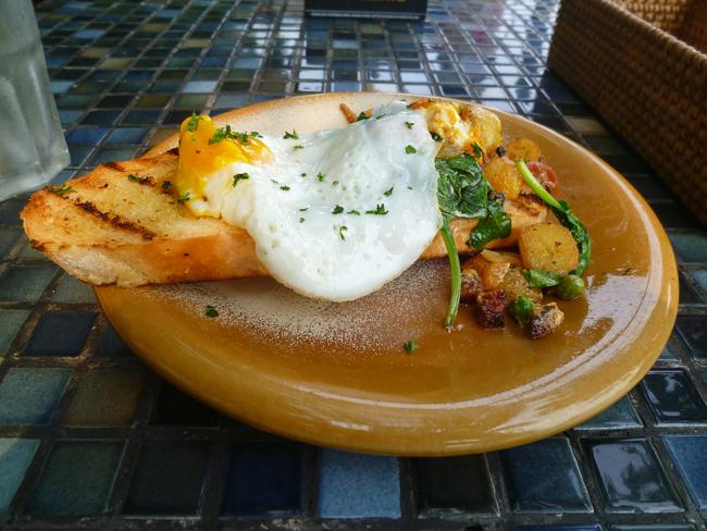 Los huevos con patatas y chorizo