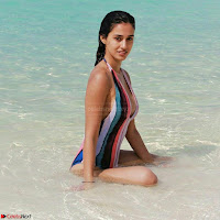 Disha Patani Exclusive sizzling beautiful Pics in bikini ~  Exclusive Galleries 012.jpg
