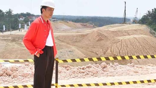 Jokowi Sindir Pengkritik Proyek Infrastruktur: Ada yang Bilang Enggak Mau Makan Tol